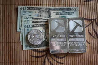 Should You Buy Generic Silver Bullion or Government Issued Coins?
