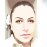 Esmeralda r Romero